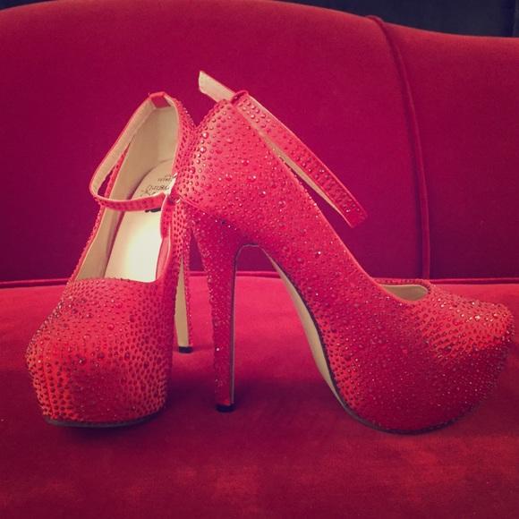 49f3063108c5 Red sparkly stilettos ❤ . M 5b5cfa667c979dd150e0f539